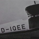 This photo shows a large rudder similar to the Hasegawa kit.